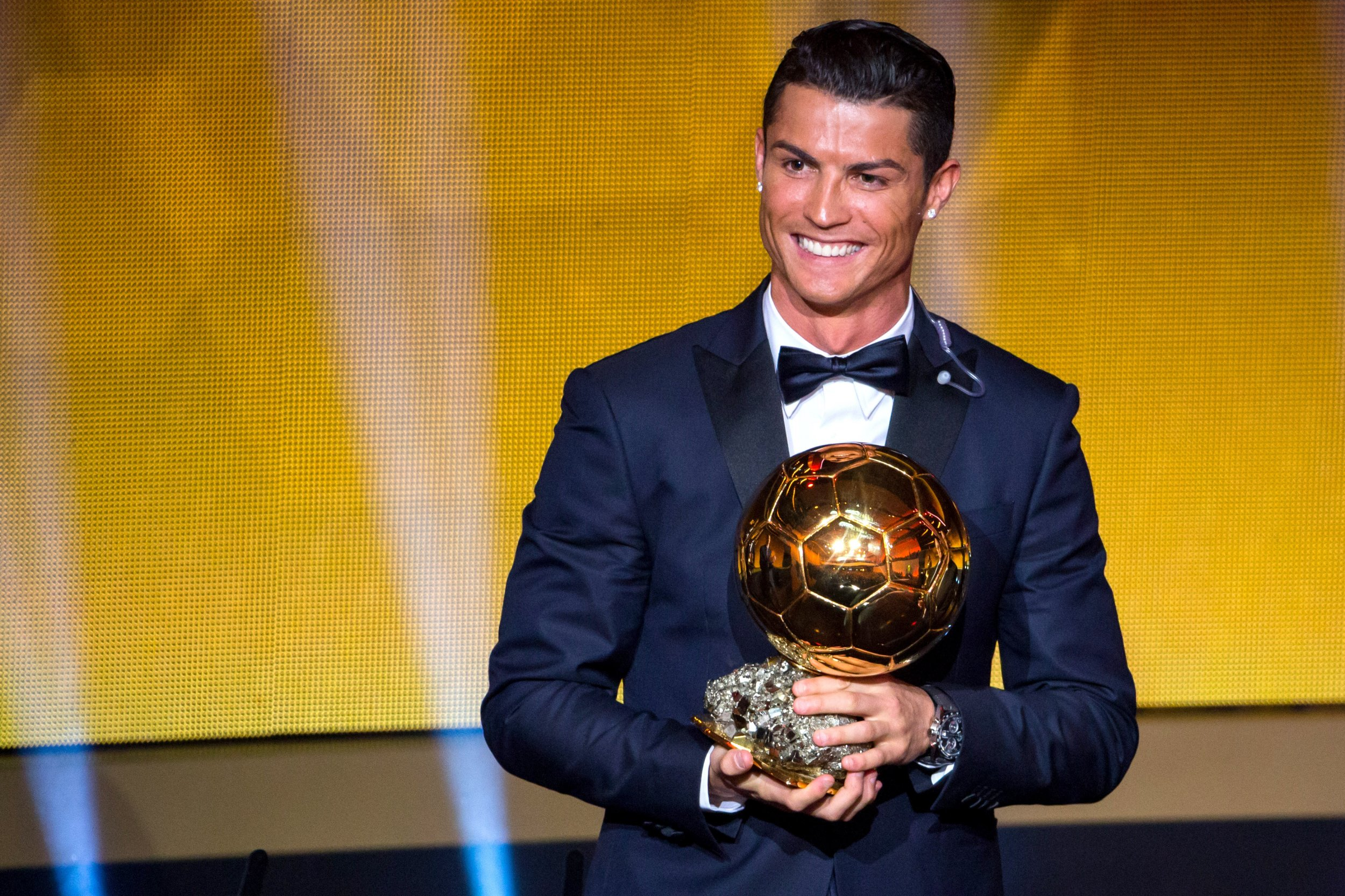 Cristiano Ronaldo Replaces Floyd Mayweather At Top Of Forbes Rich List