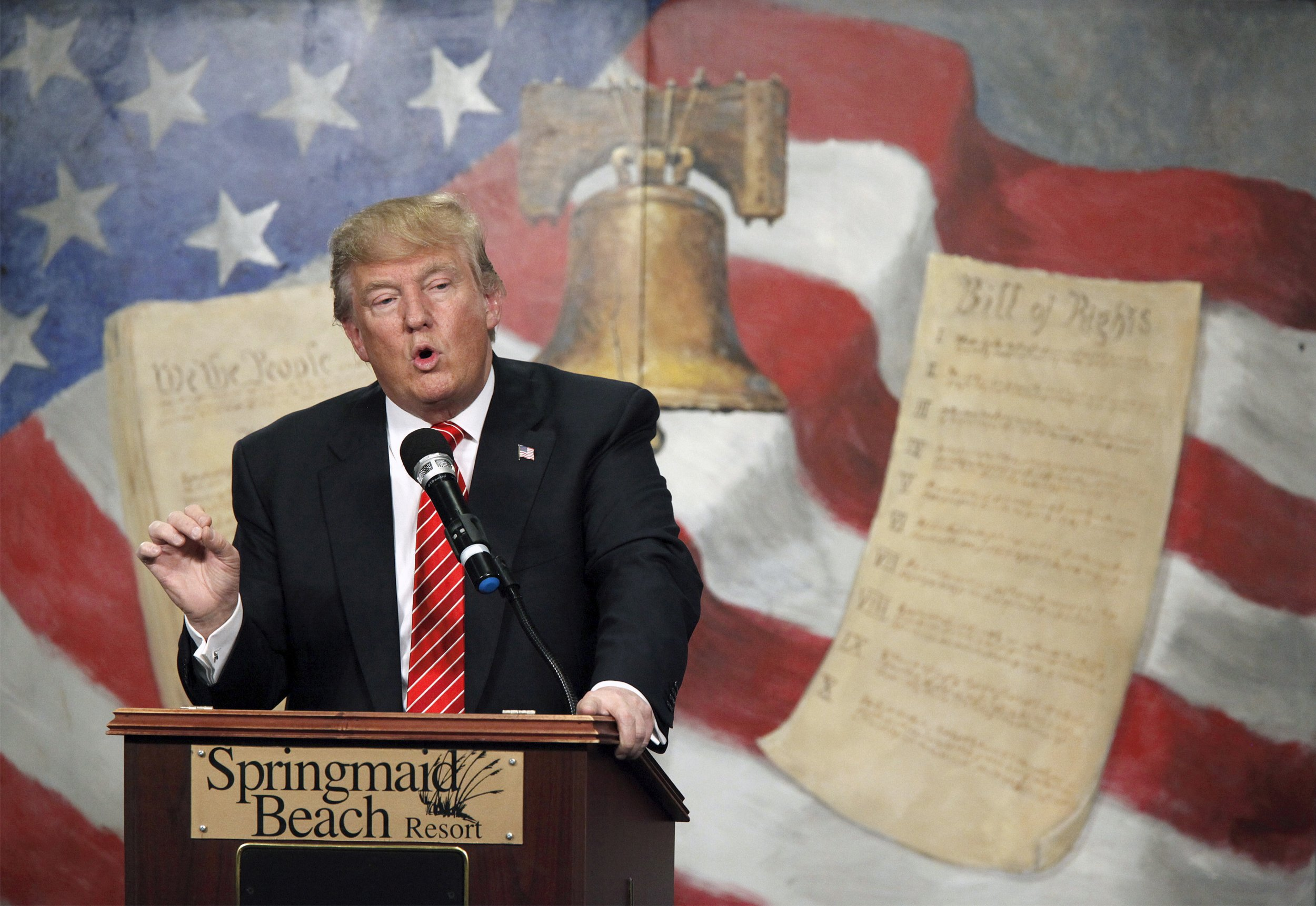 06_11_Trump_Populist_01