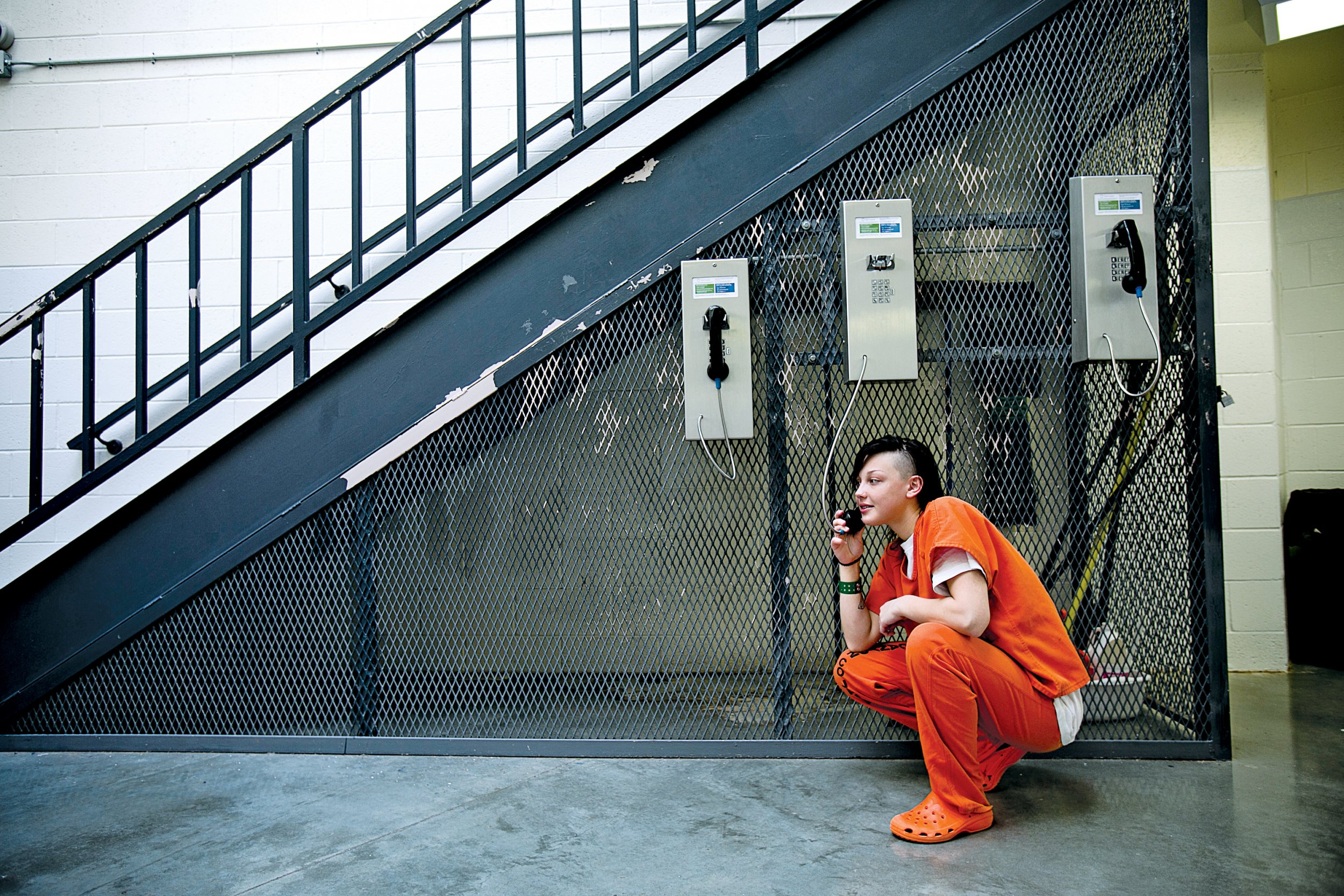06_24_PrisonCalls_01