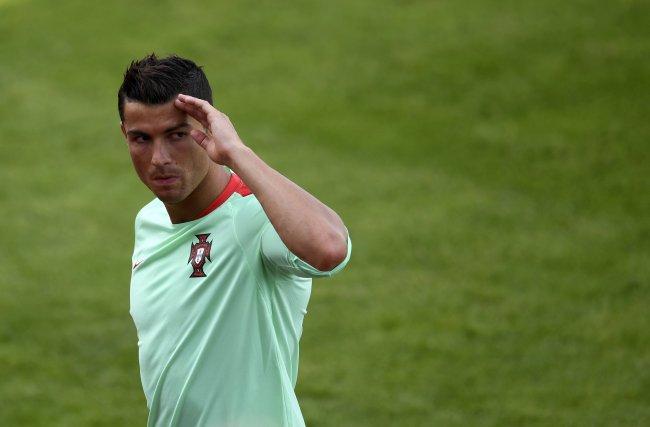 super popular 9e19e 36217 Cristiano Ronaldo Should Be in Hollywood, Says Iceland Coach
