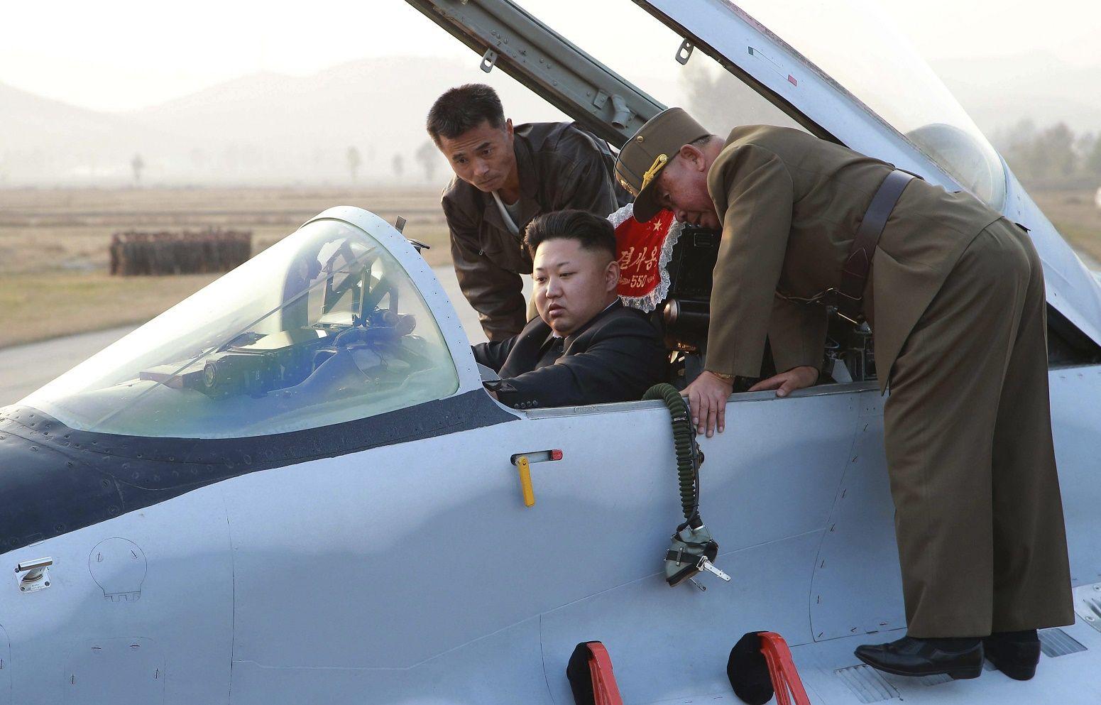 North korean hackers steal f 15 fighter jet blueprints hackers north korea f 15 kim jong un malvernweather Choice Image