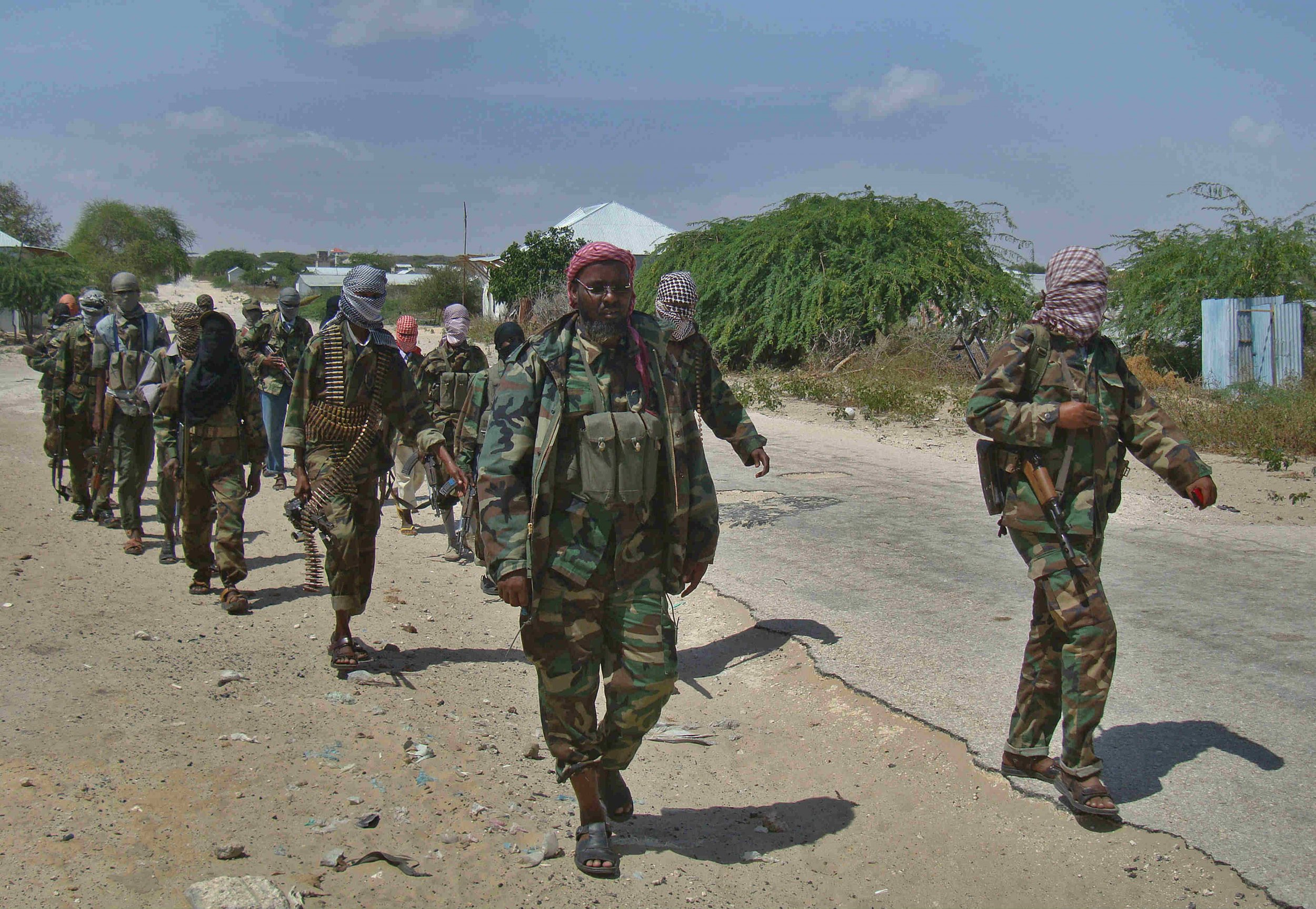 child soldiers in somalia A report from somalia's capital mogadishu describes how children, as young as 9, are carrying assault rifles and operating checkpoints for somalia's transitional federal government.