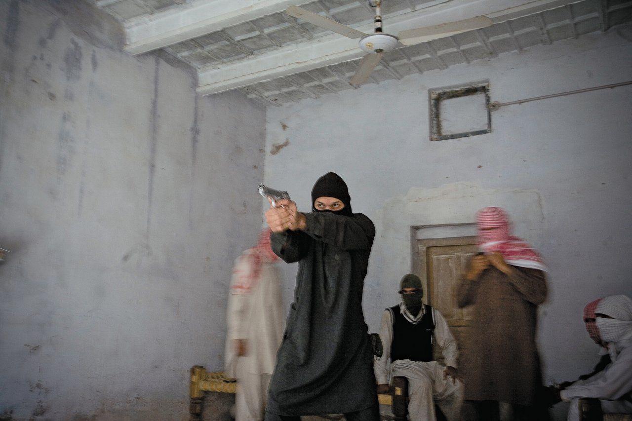 moynihan-FE04-jihadi-main-tease