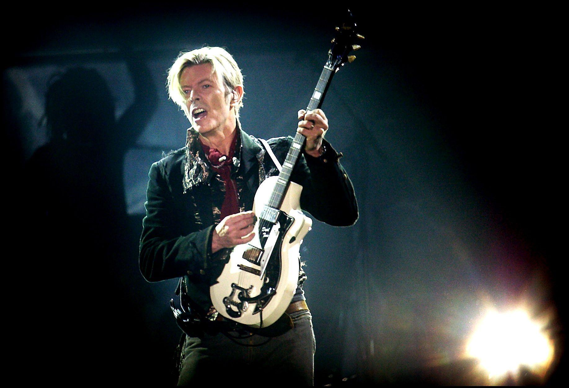 David Bowie in 2003