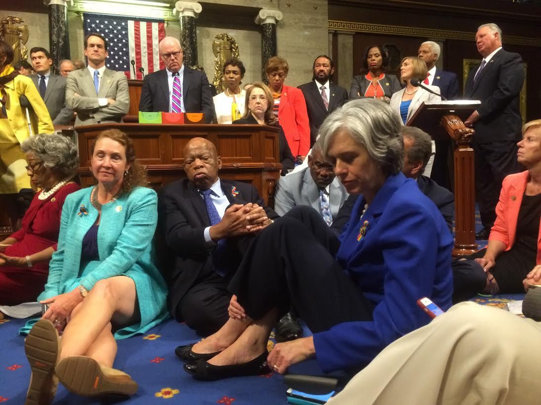 0622_House_Democrats_sit_in_03