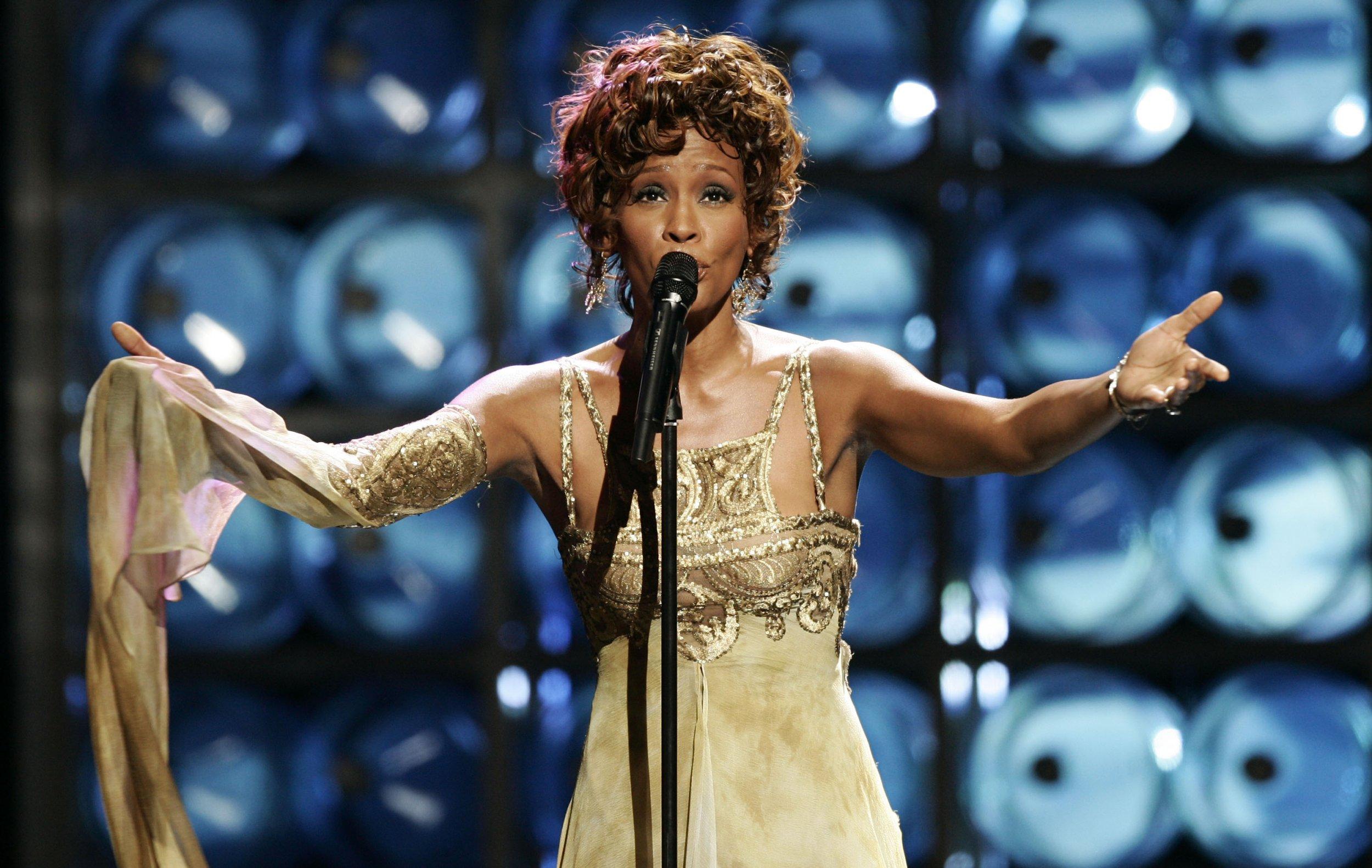 Whitney Houston in 2004