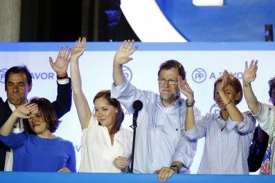 Mariano Rajoy (C)