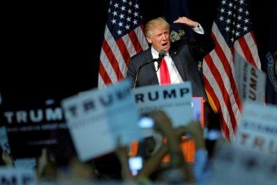 2016-06-29T234309Z_8_LYNXNPEC5S1NW_RTROPTP_3_USA-ELECTION-TRUMP