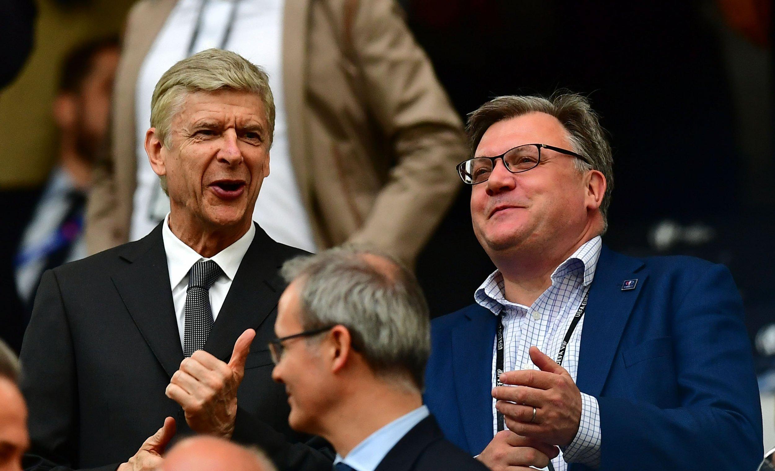 Arsenal manager Arsene Wenger, left.