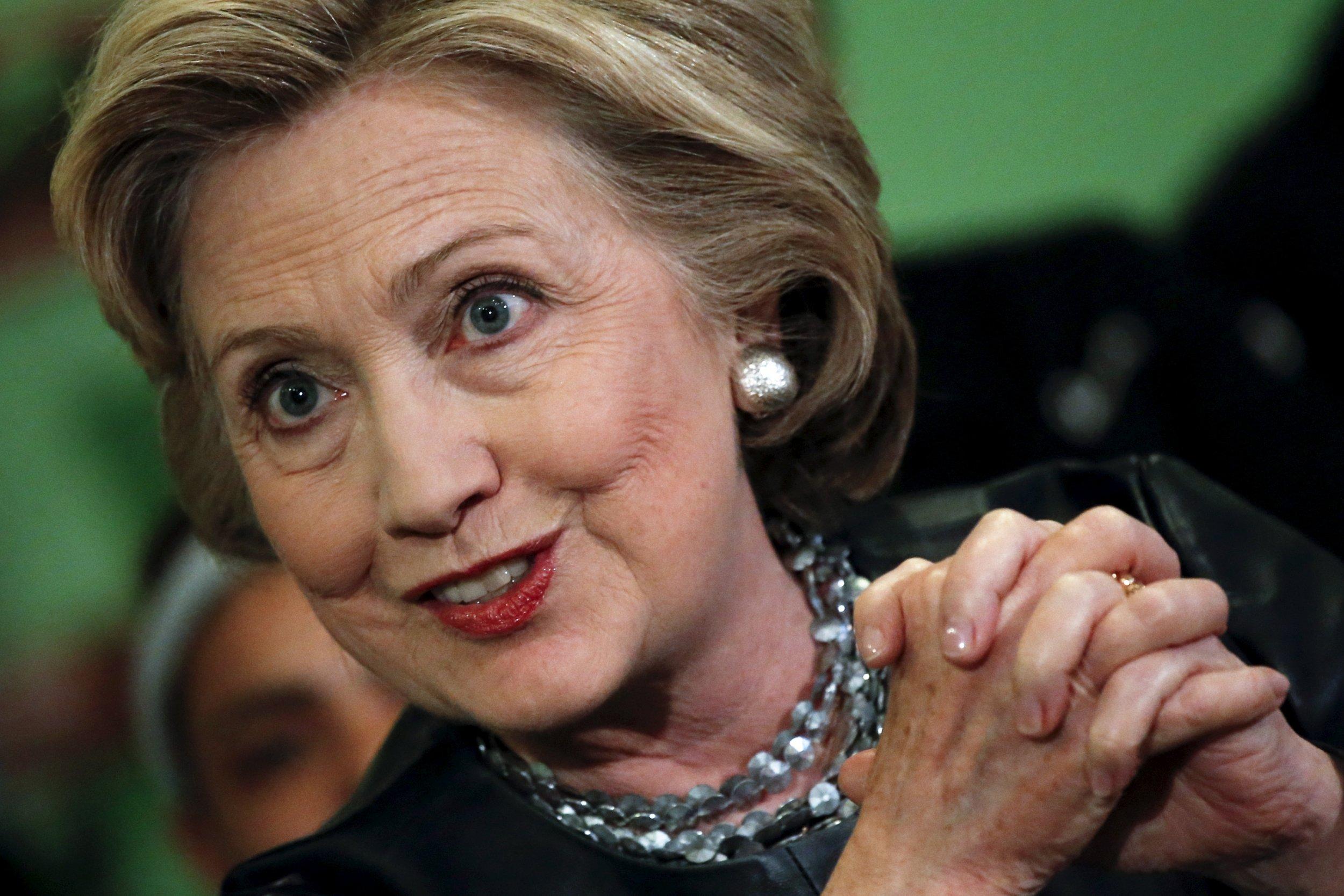 07_03_Hillary_Devil_01