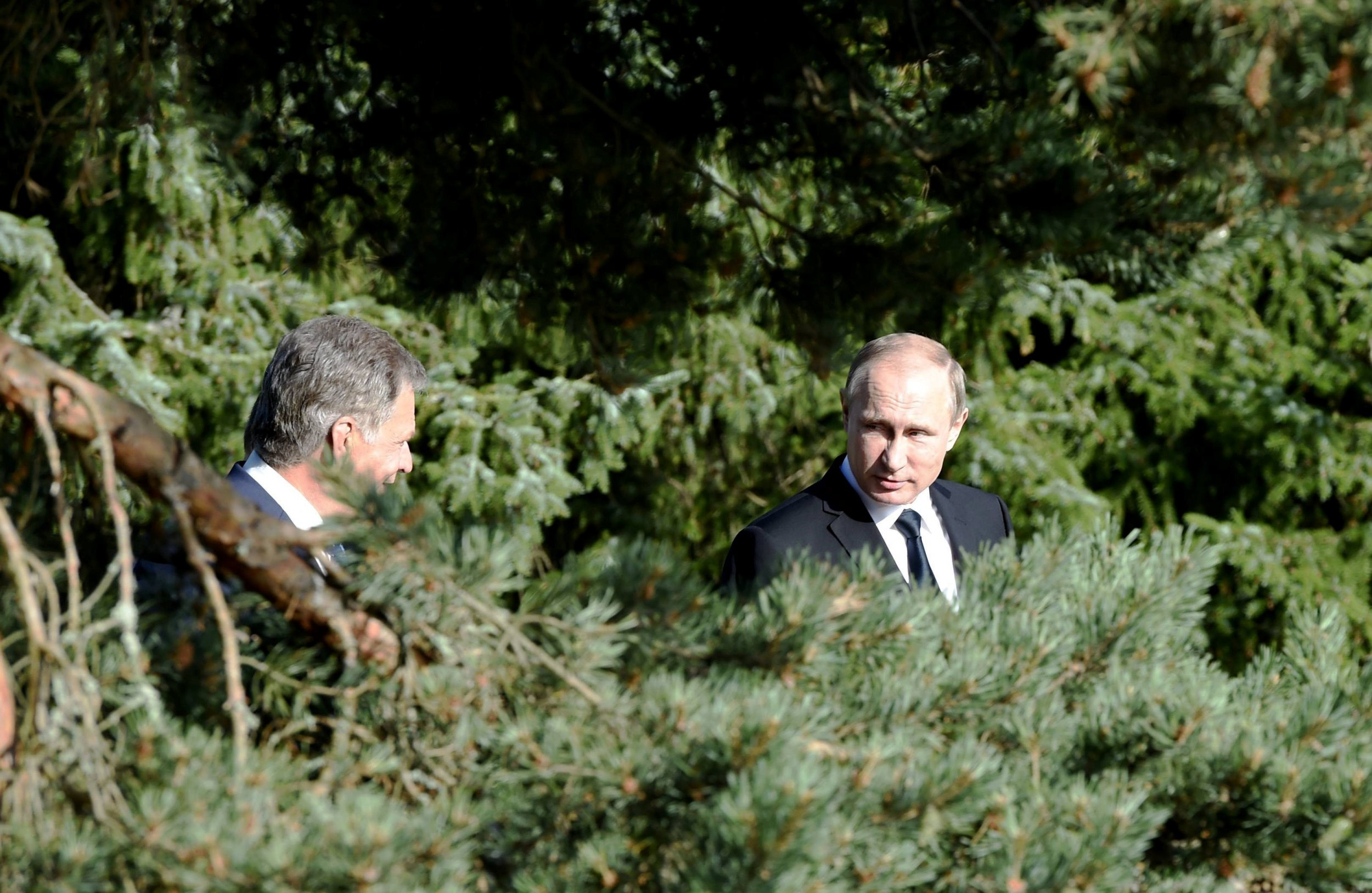 07_11_Putin_Neighbors_01