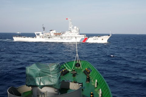 South China Sea boats