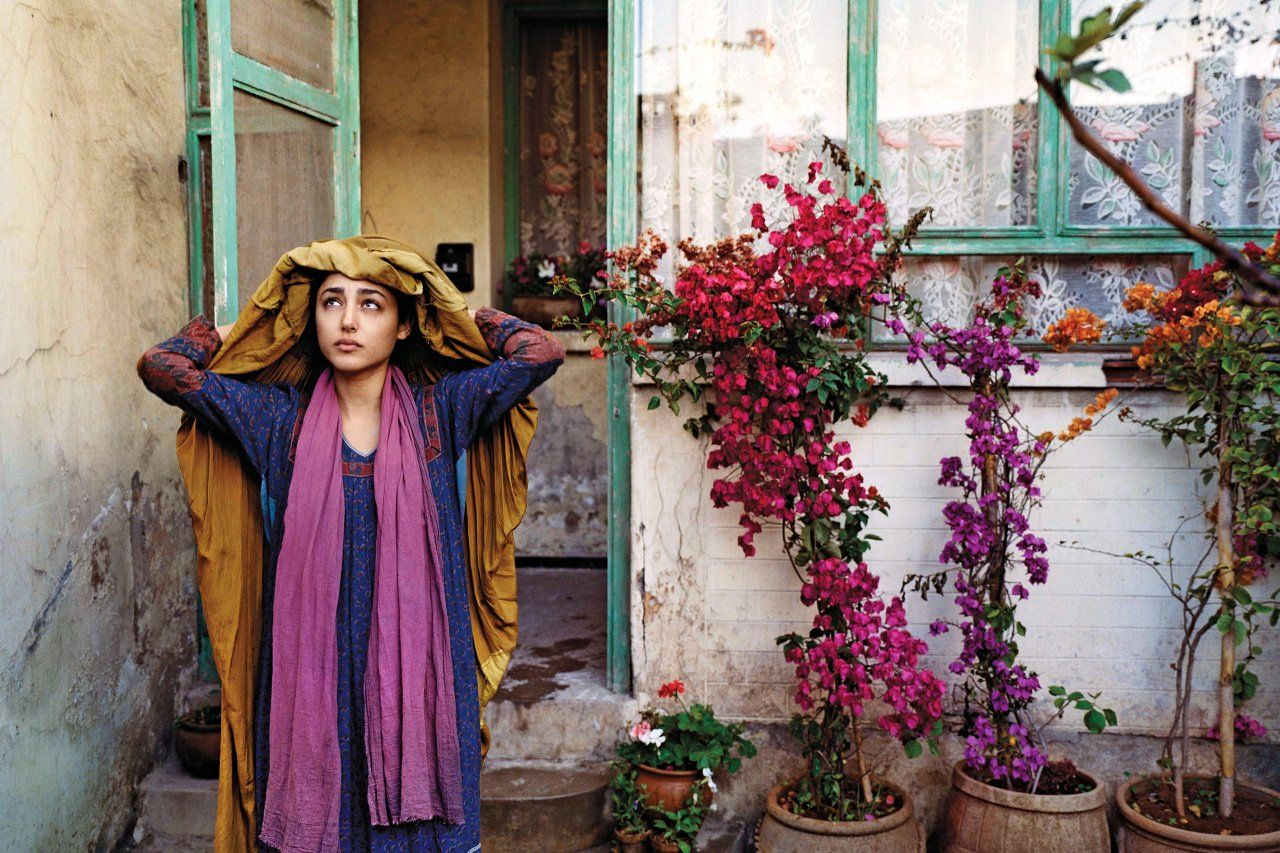 Golshifteh Farahani as the Woman