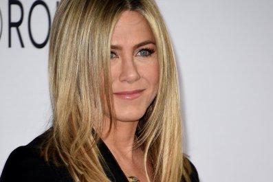 Jennifer Aniston addresses pregnancy rumors