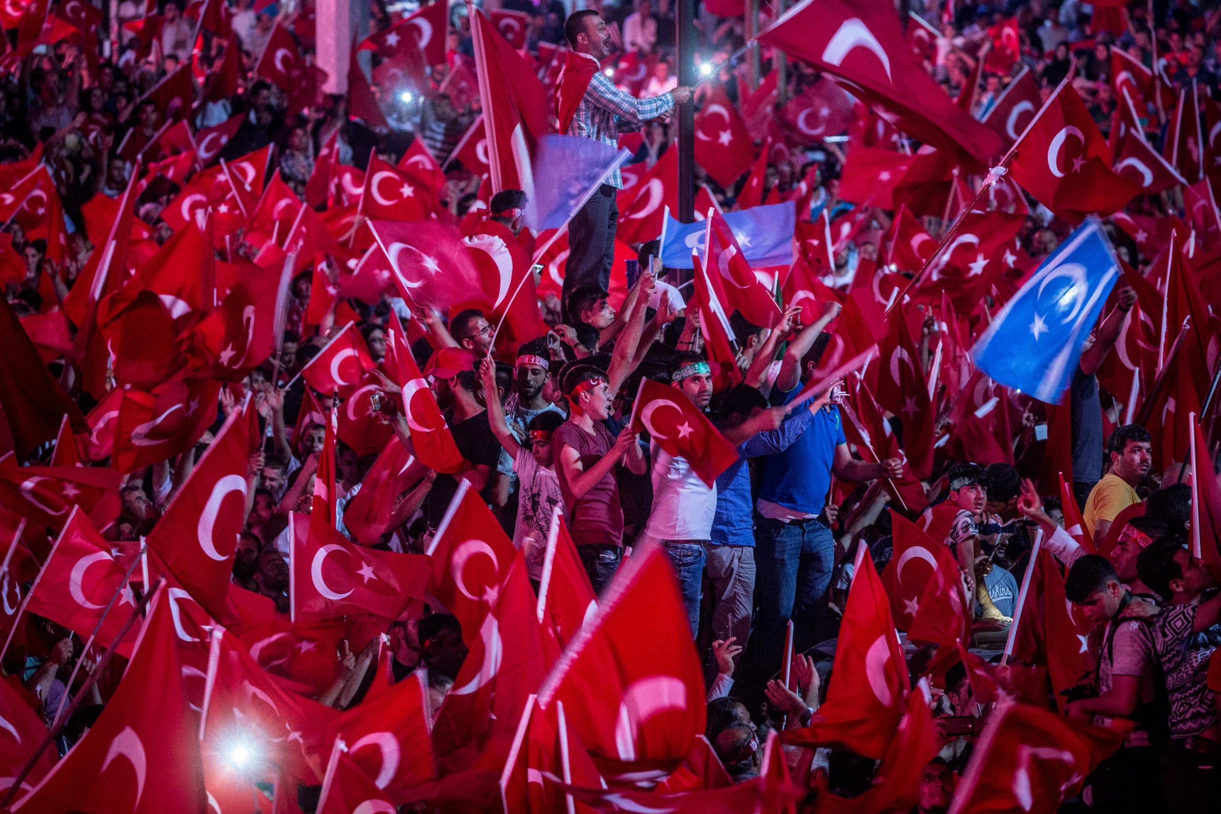 Turkey Erdogan supporters
