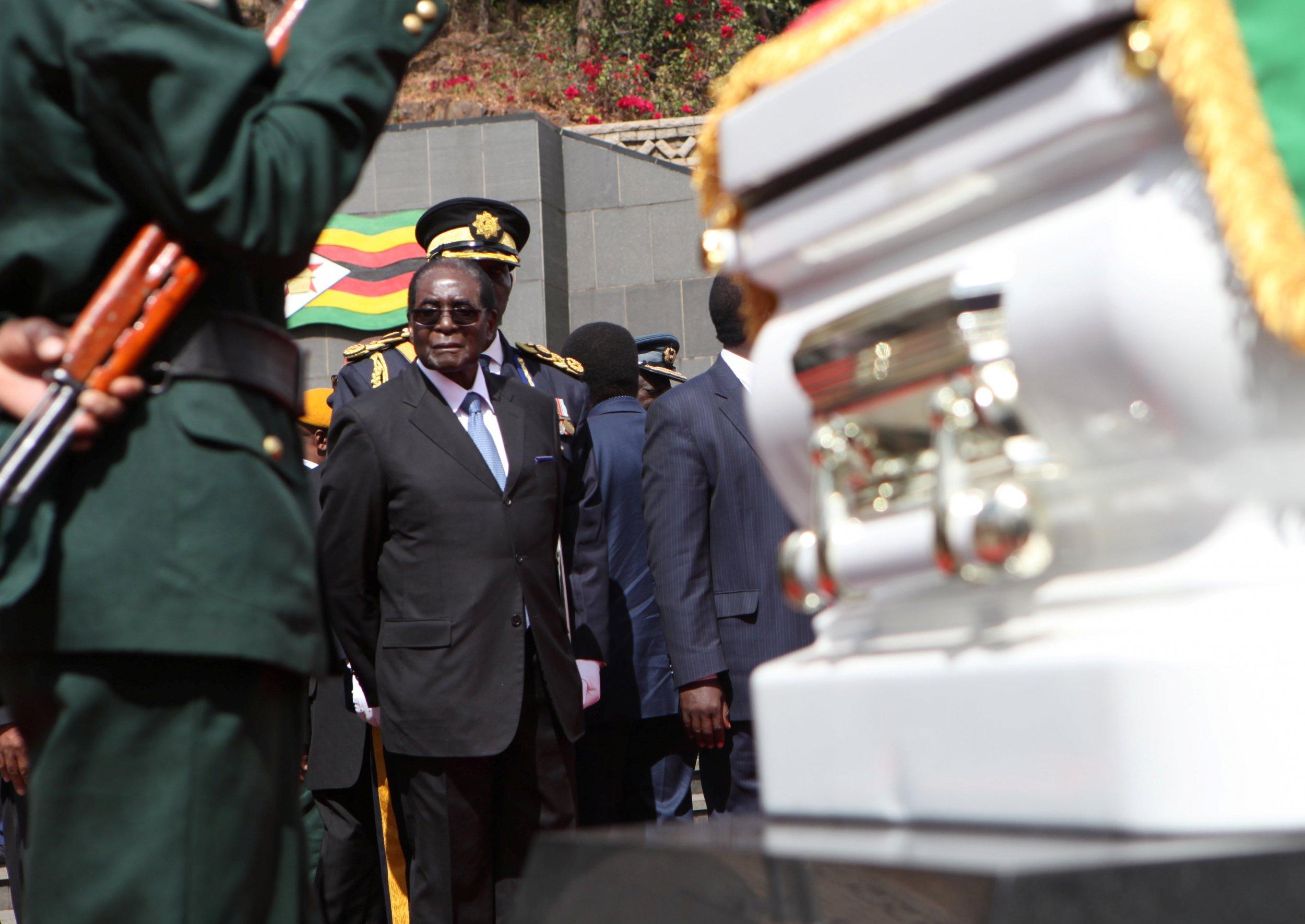 Robert Mugabe at Charles Utete funeral