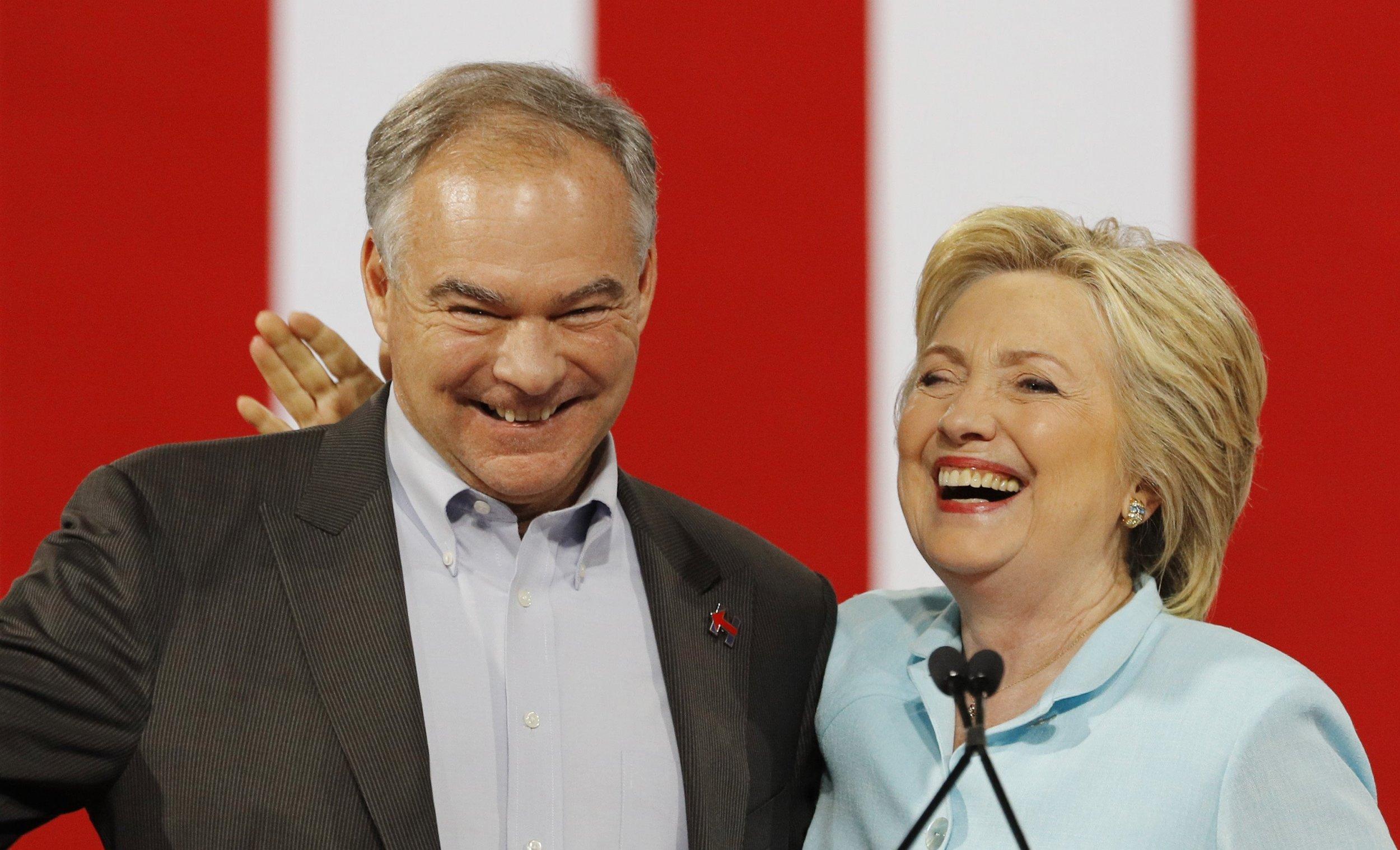 07_25_Clinton_Establishment_01