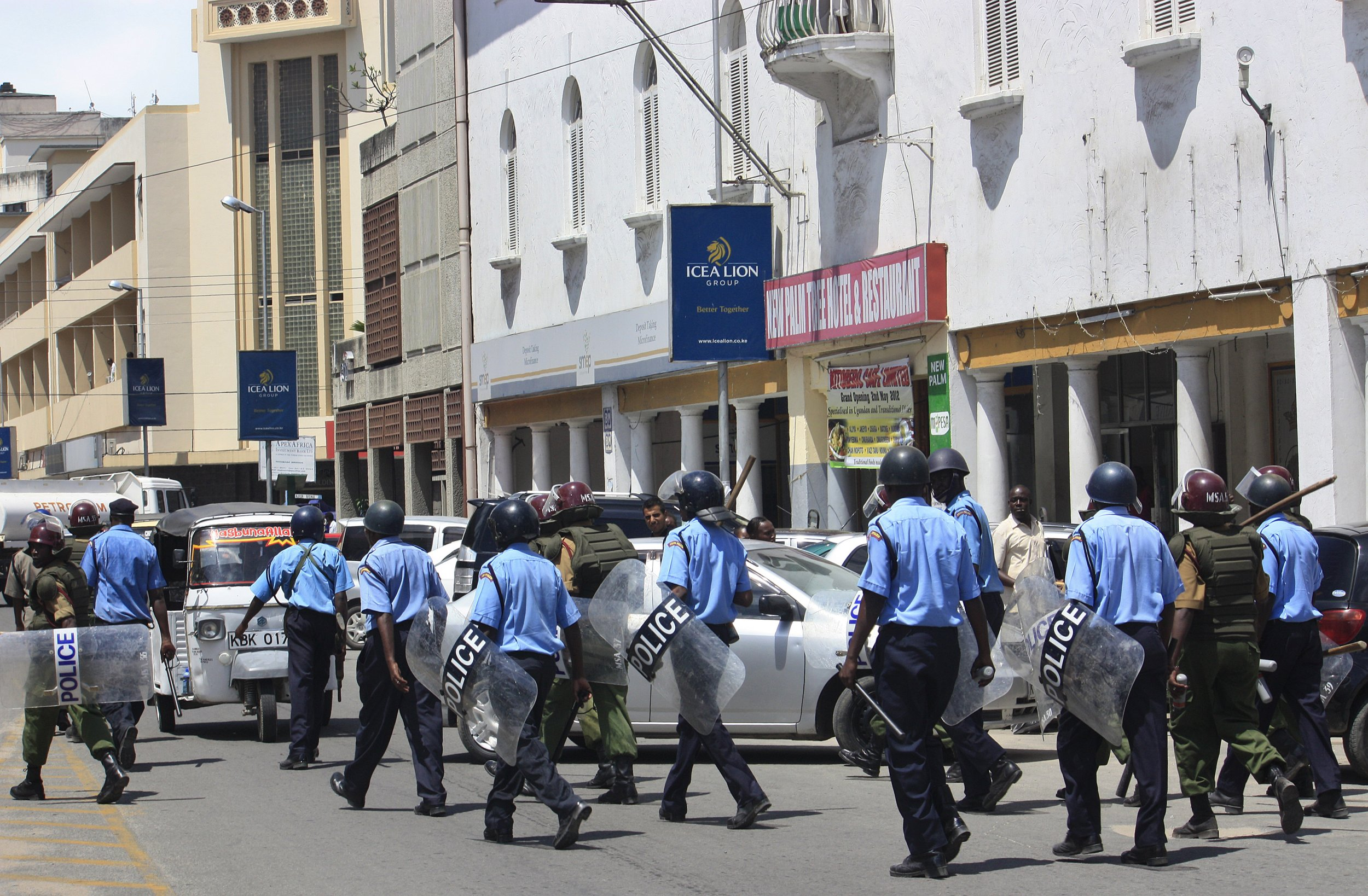Kenyan police in Mombasa