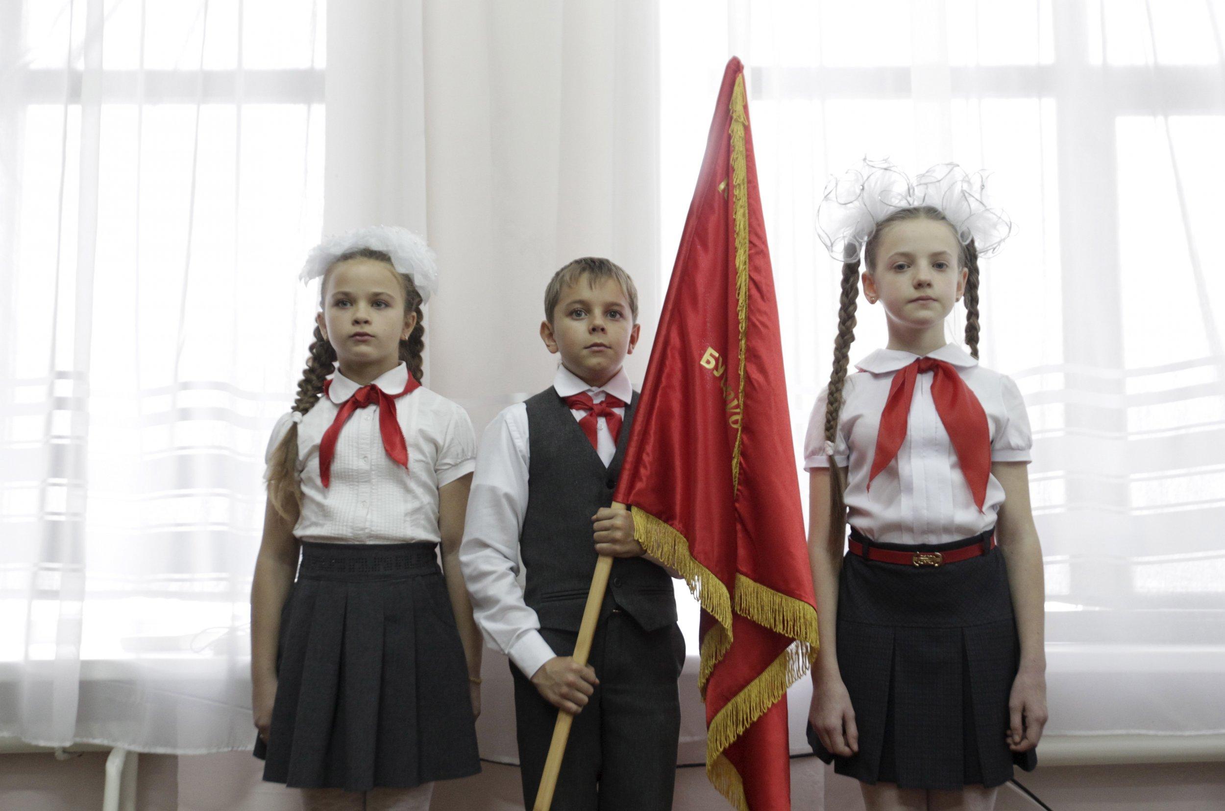 08_12_Communists_01