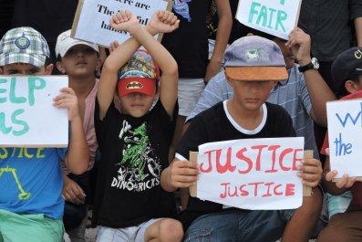 Refugee children protest