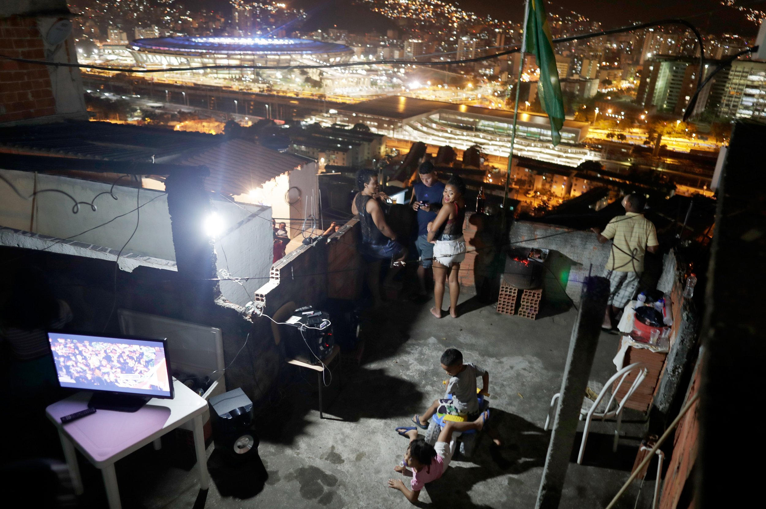 Rio 2016 Favelas Close But So Far Away From Olympics