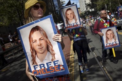 chelsea_manning_charges_0810