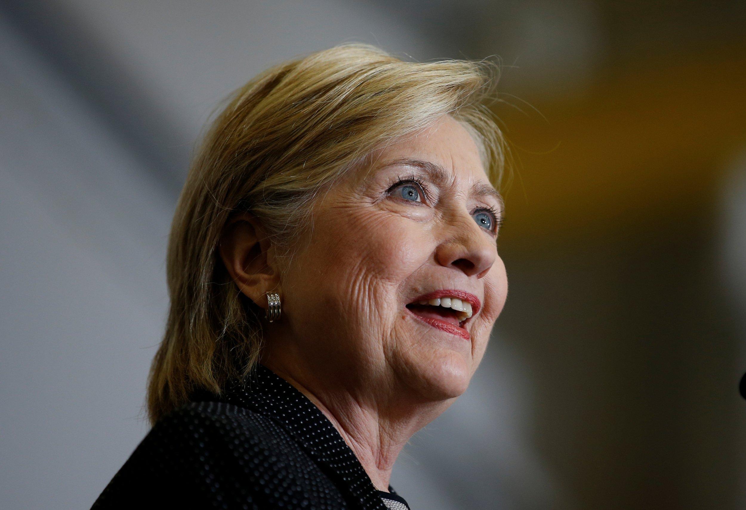 0812_Hillary_Clinton_broadband_01