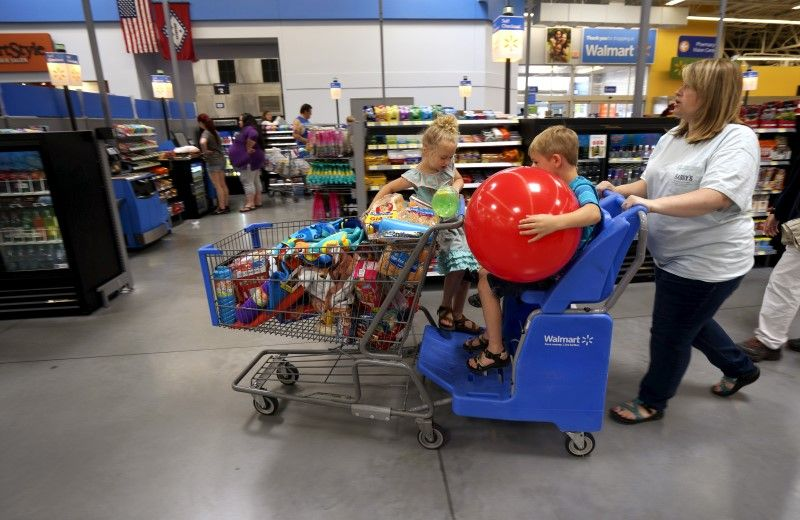 08_13_Health_Walmart_01