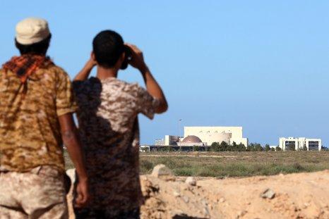 Libyan forces advance on Sirte