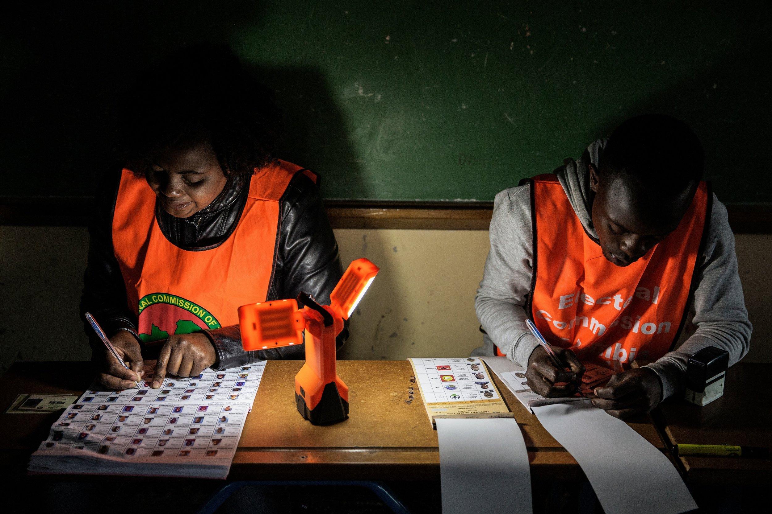 Zambia vote counters