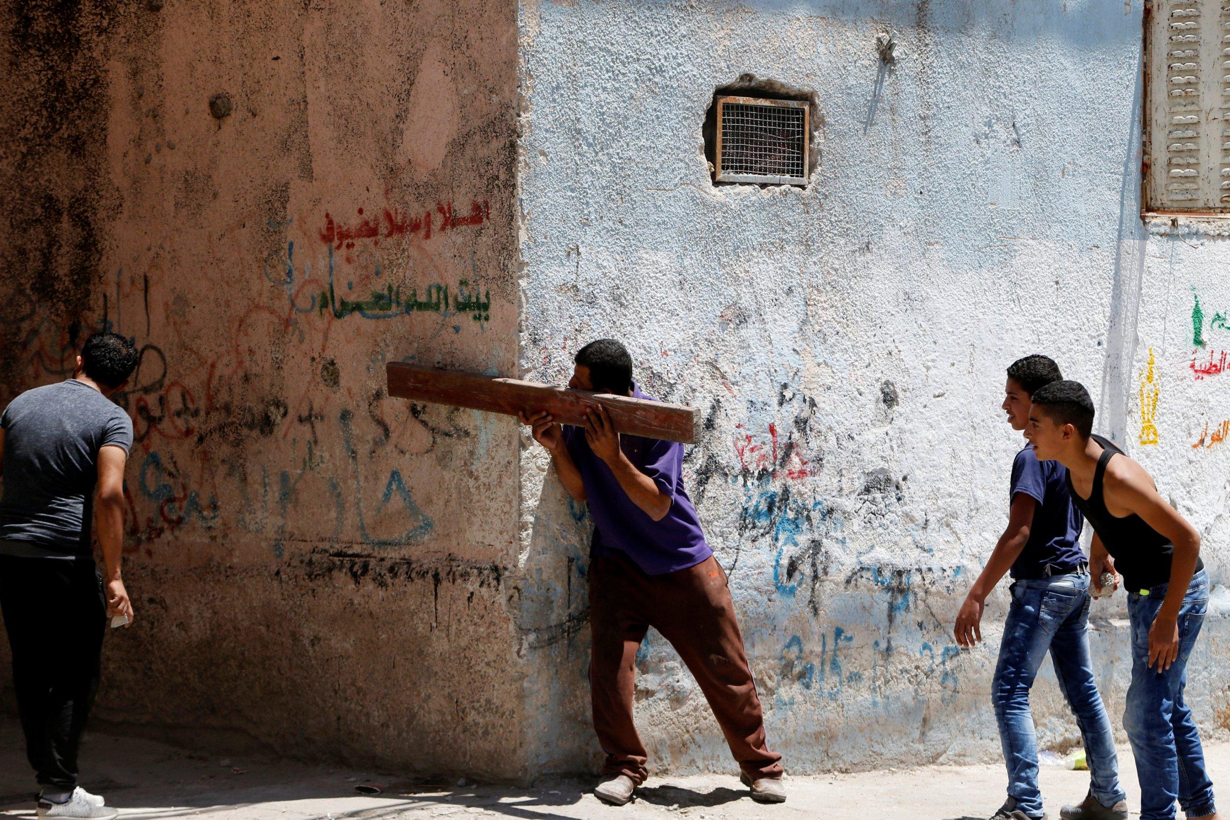 08_19_Israel_Palestine_01
