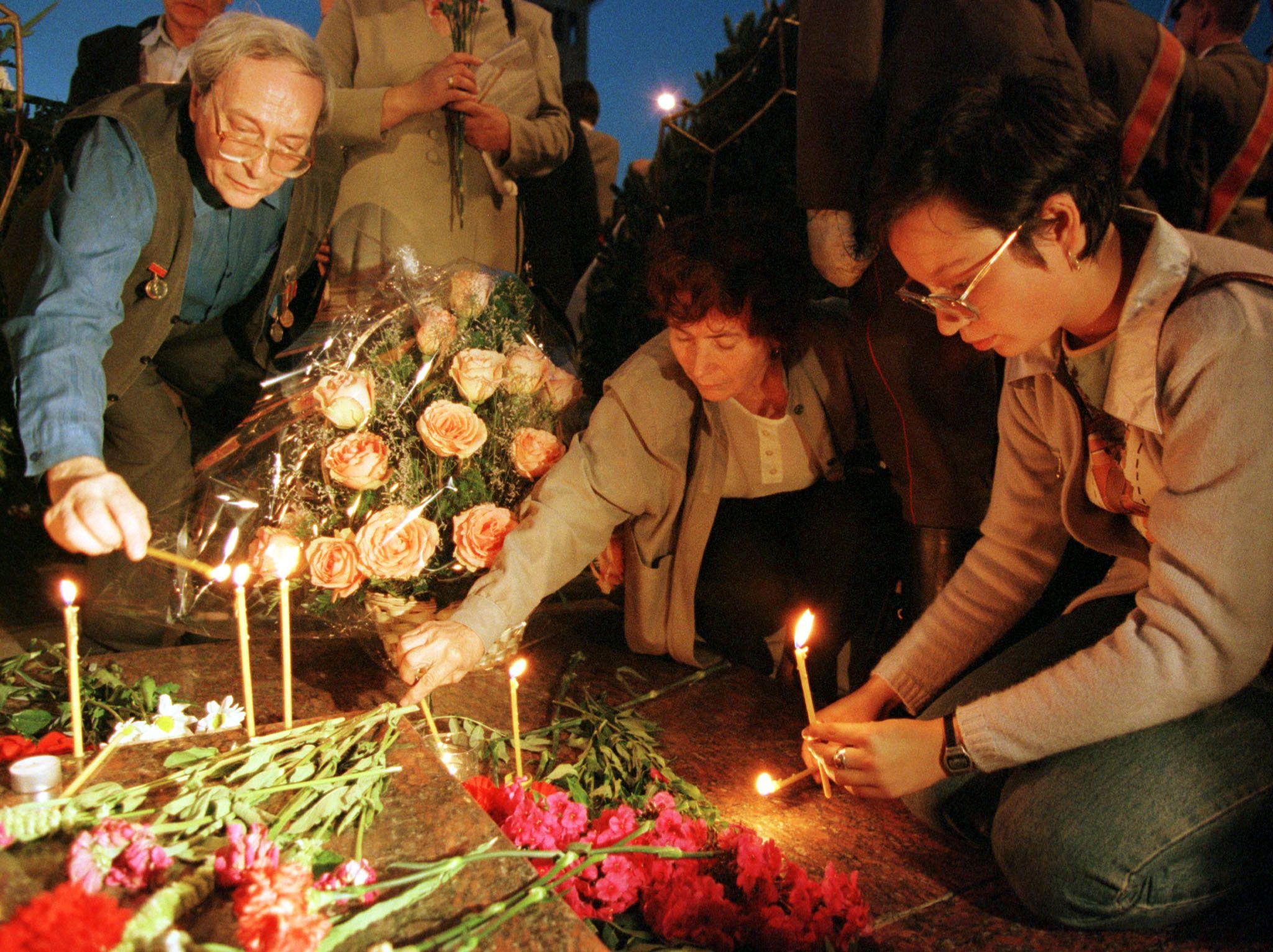 08_19_Forgotten_Martyrs_01