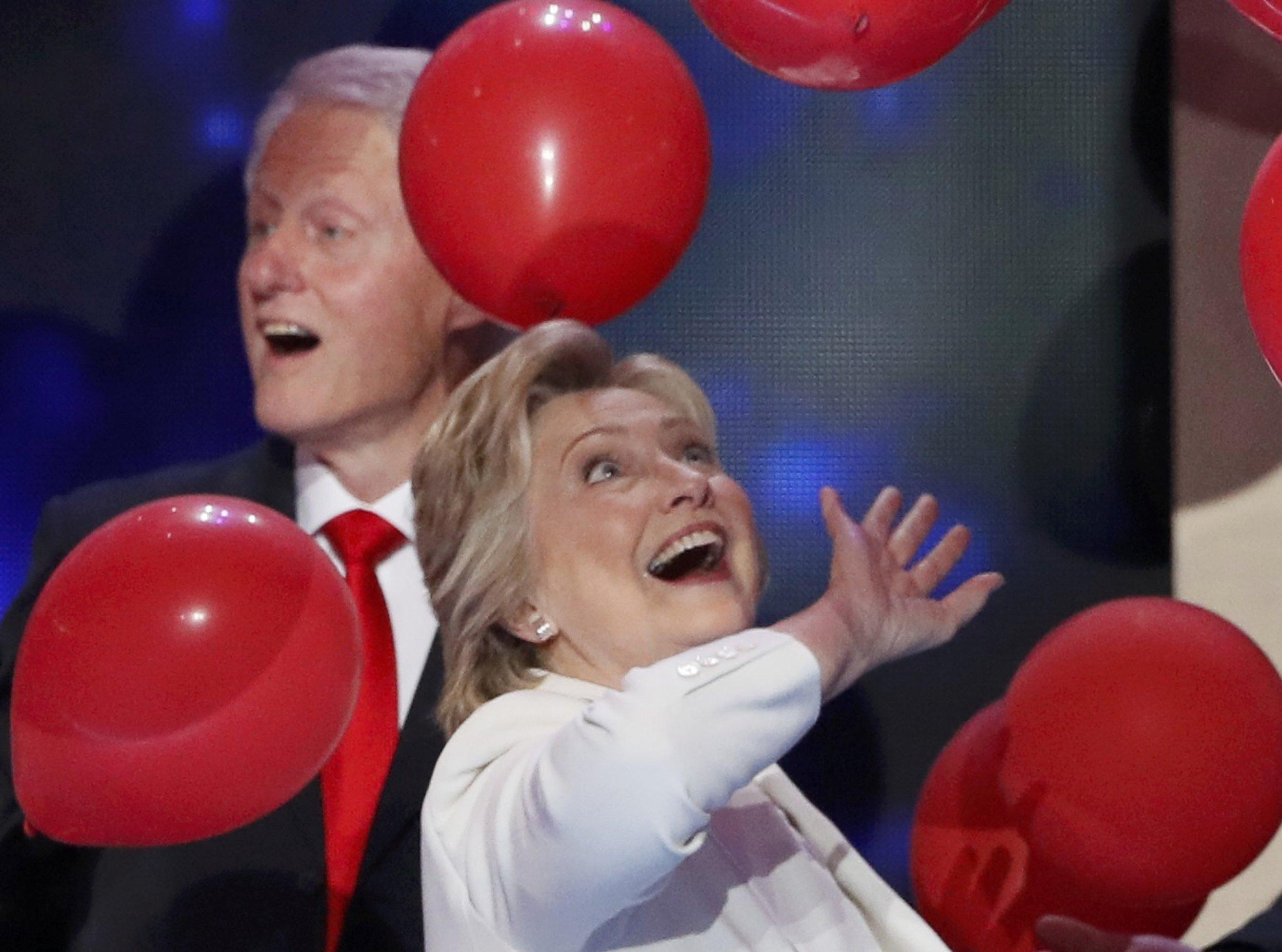08_21_Bill_Hillary_01