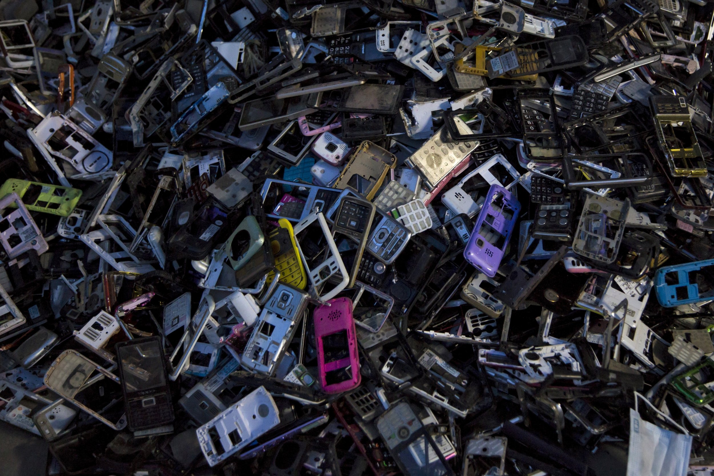olympic medals tokyo e-waste smartphones