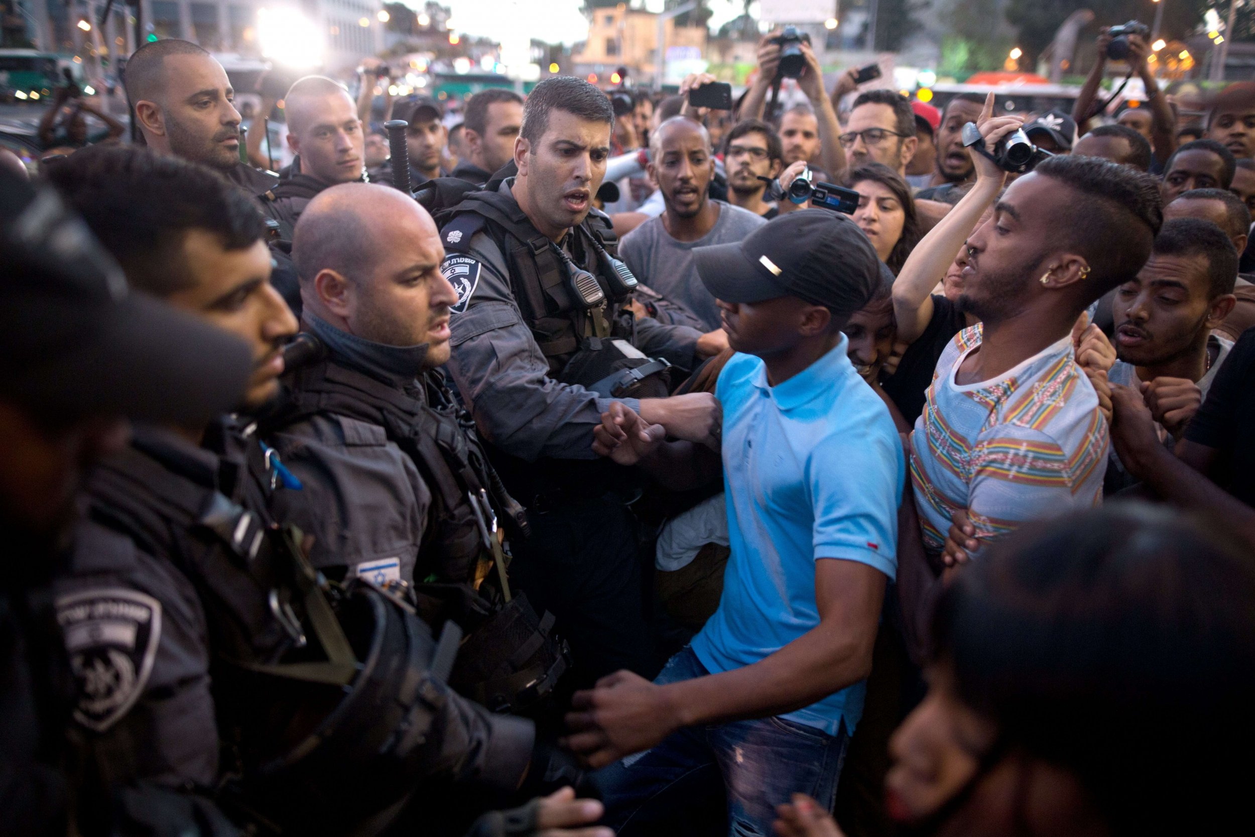 Ethiopian Israelis clash with Israeli police