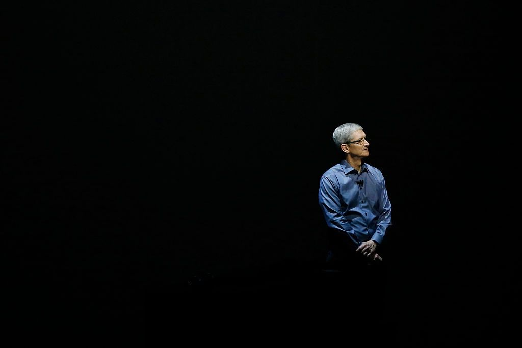 apple tax tim cook EU