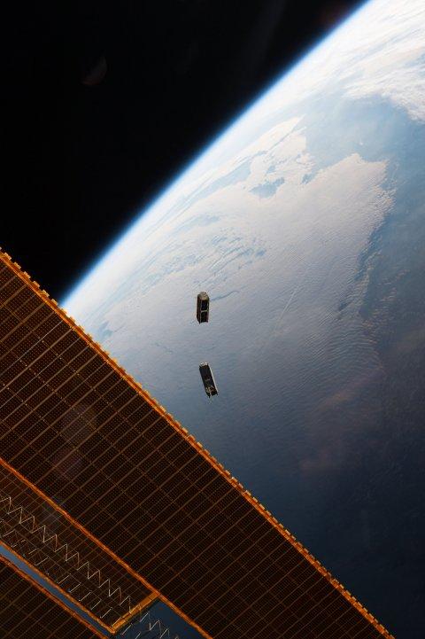 09_16_satellite_04