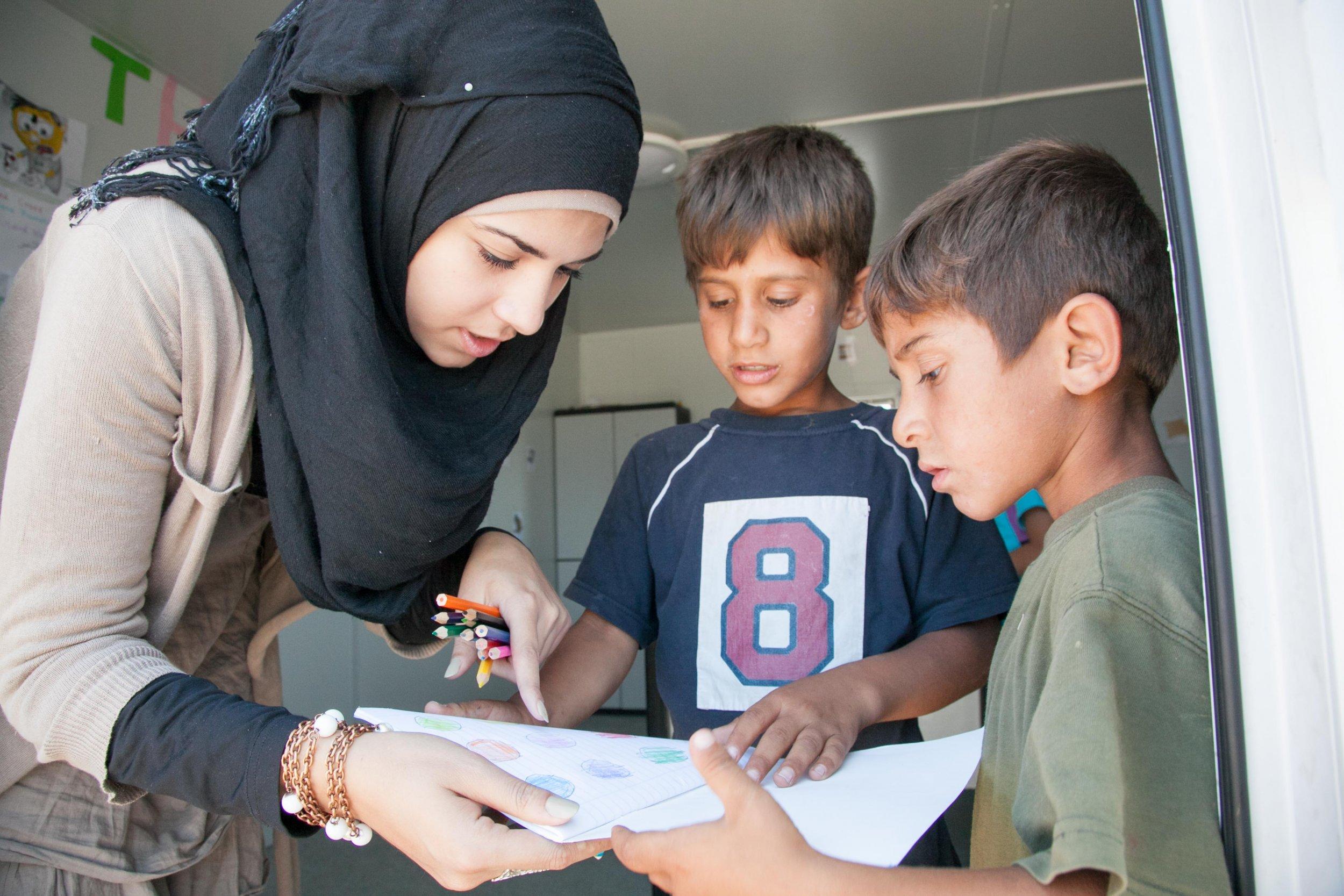 unaccompanied_child_refugees_0906