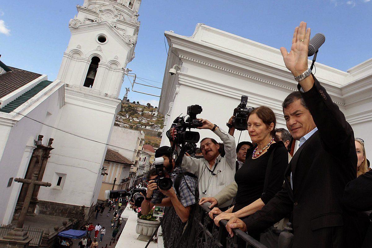 ecuador-president-OVNB30