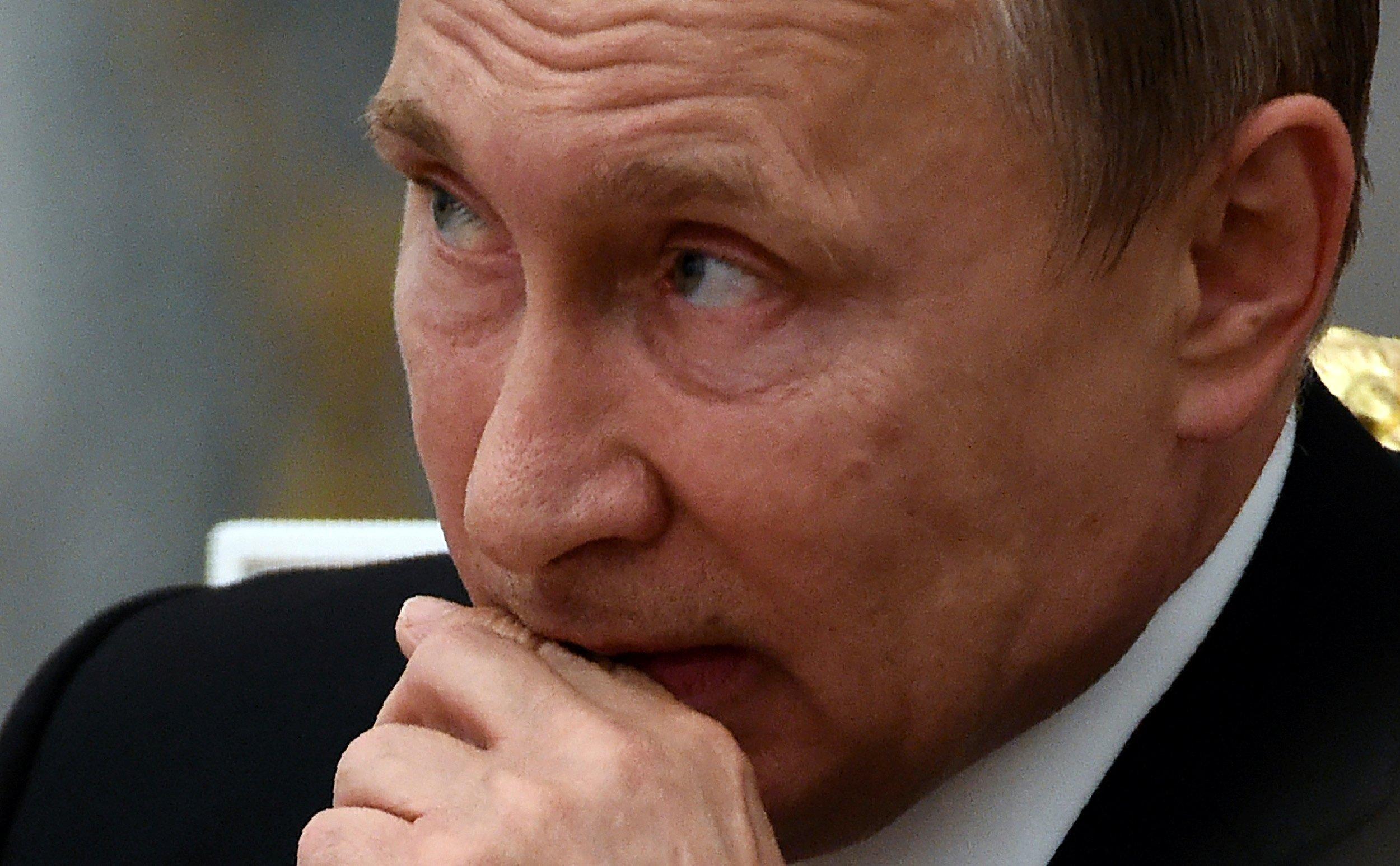 09_14_Putin_Hack_01