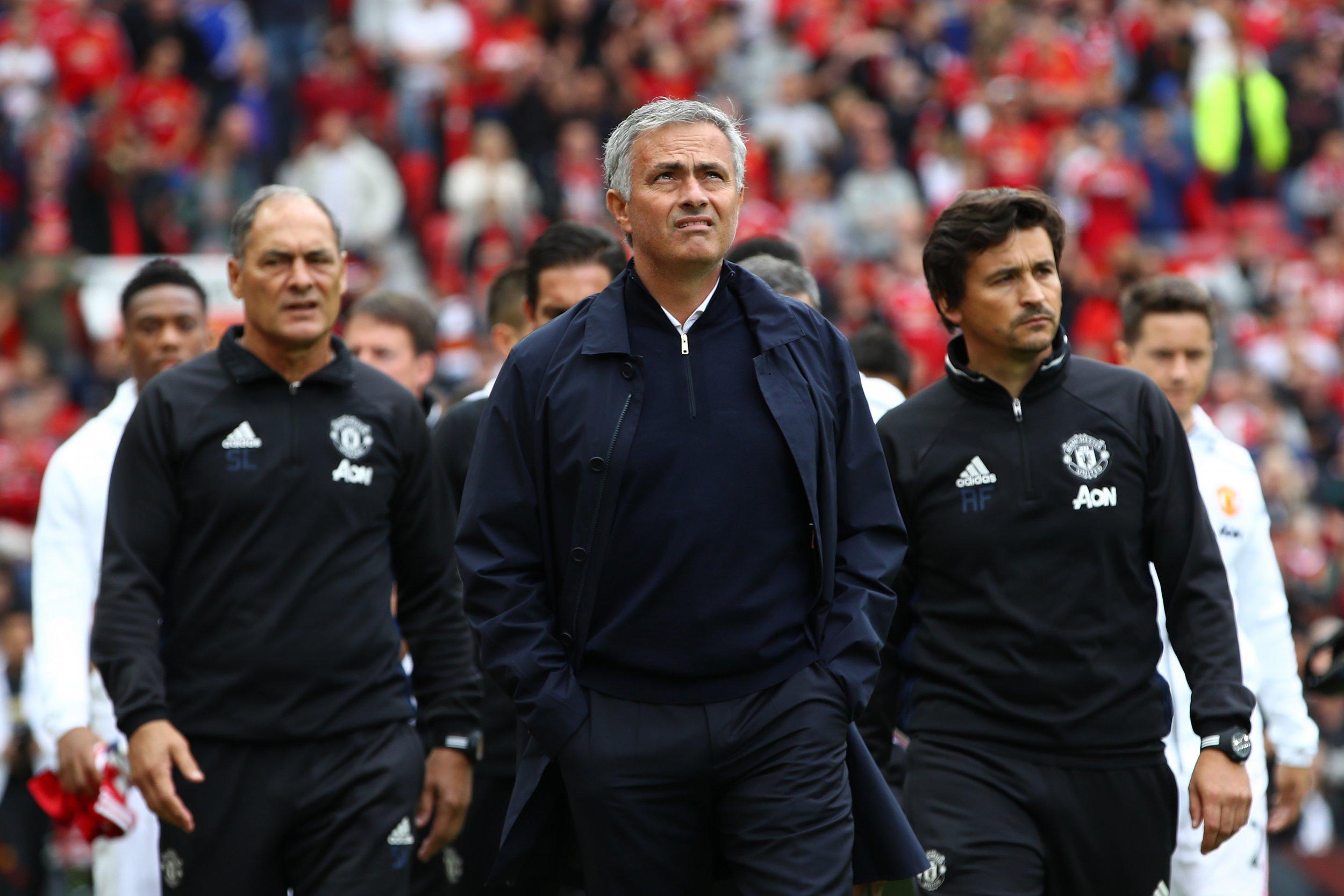 Manchester United manager Jose Mourinho, center.