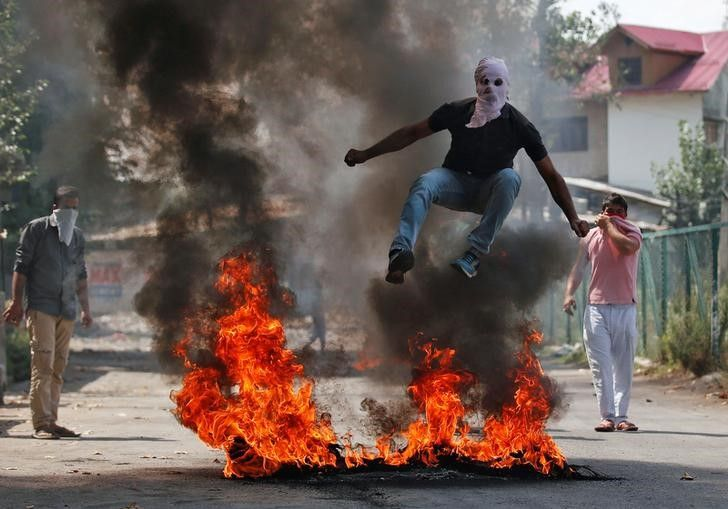09_14_India_protests_01