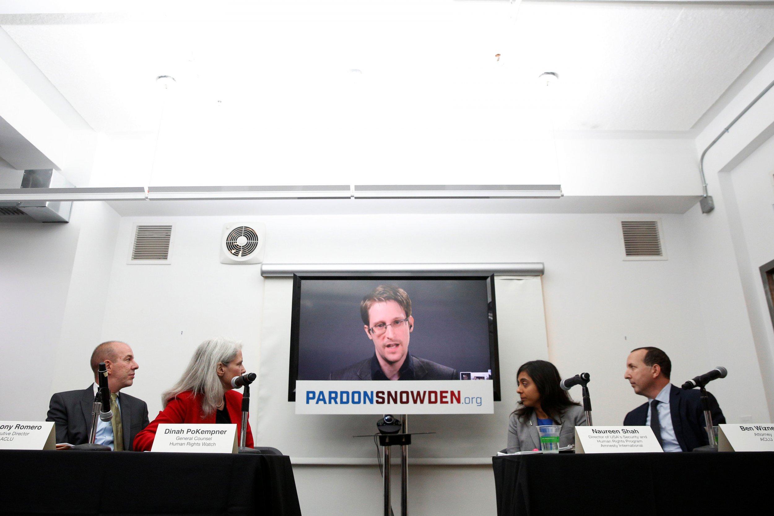 Edward Snowden demands pardon from President Obama