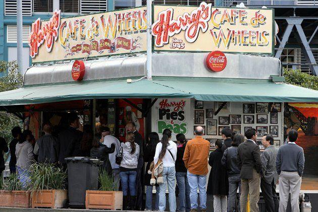 best-restaurants-harrys-cafe-de-wheels