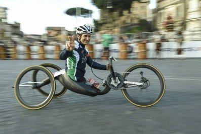 Hand cyclist Alex Zanardi.