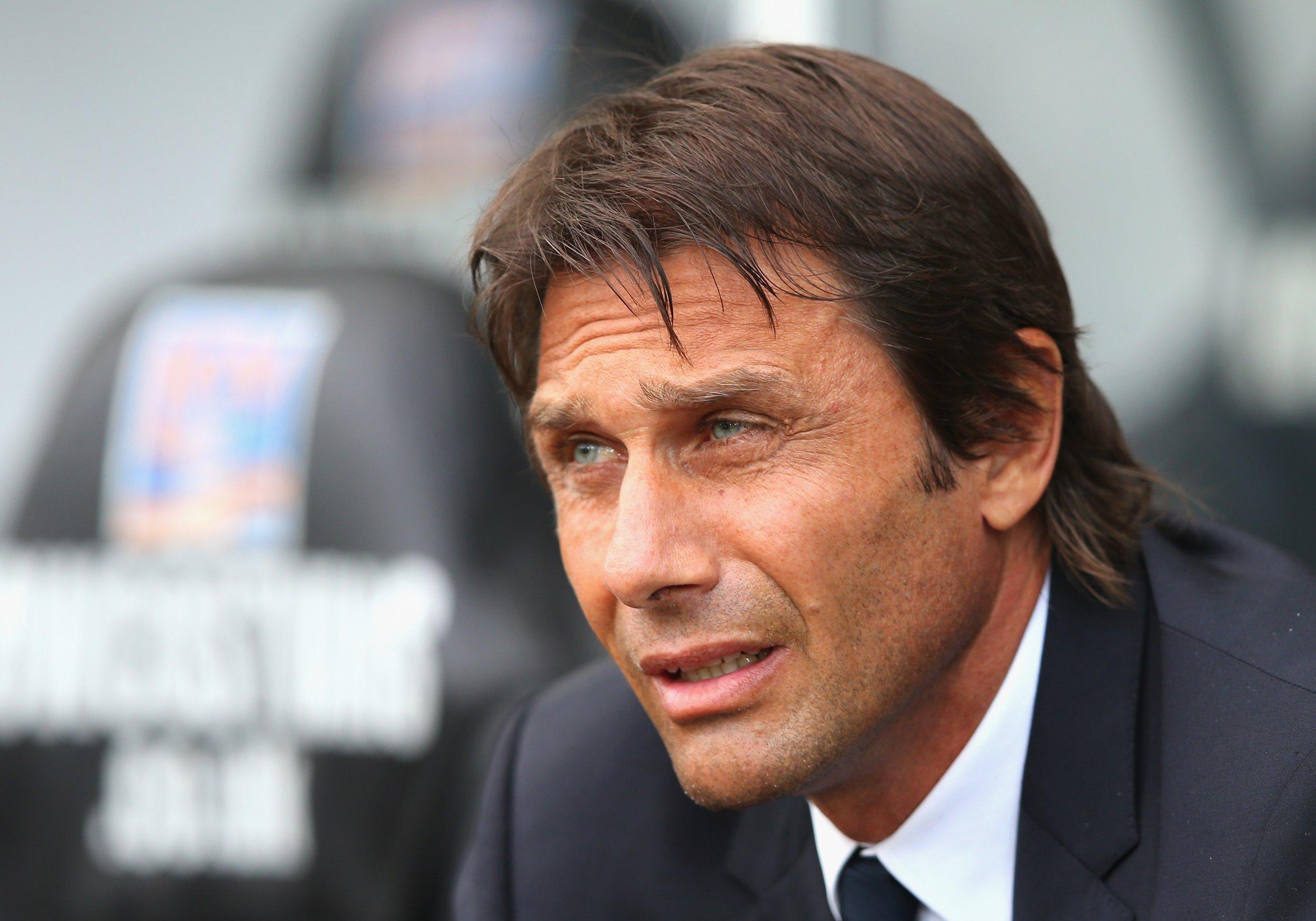Chelsea: Antonio Conte Sets Challenge for Cesc Fàbregas  Chelsea: Antoni...