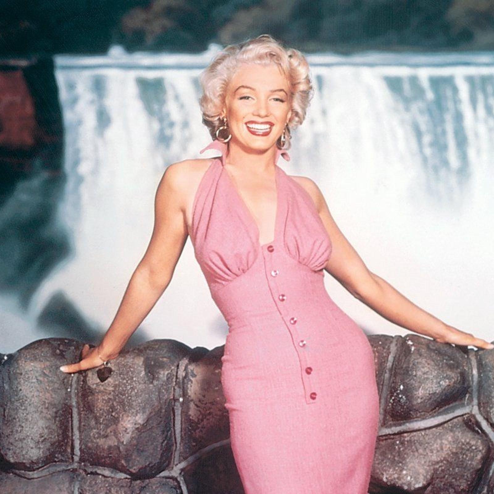15730790347f2 Venus de Hollywood: Marilyn Monroe At Salvatore Ferragamo Museum