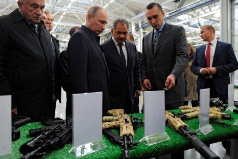 Putin in Kalashnikov Concern