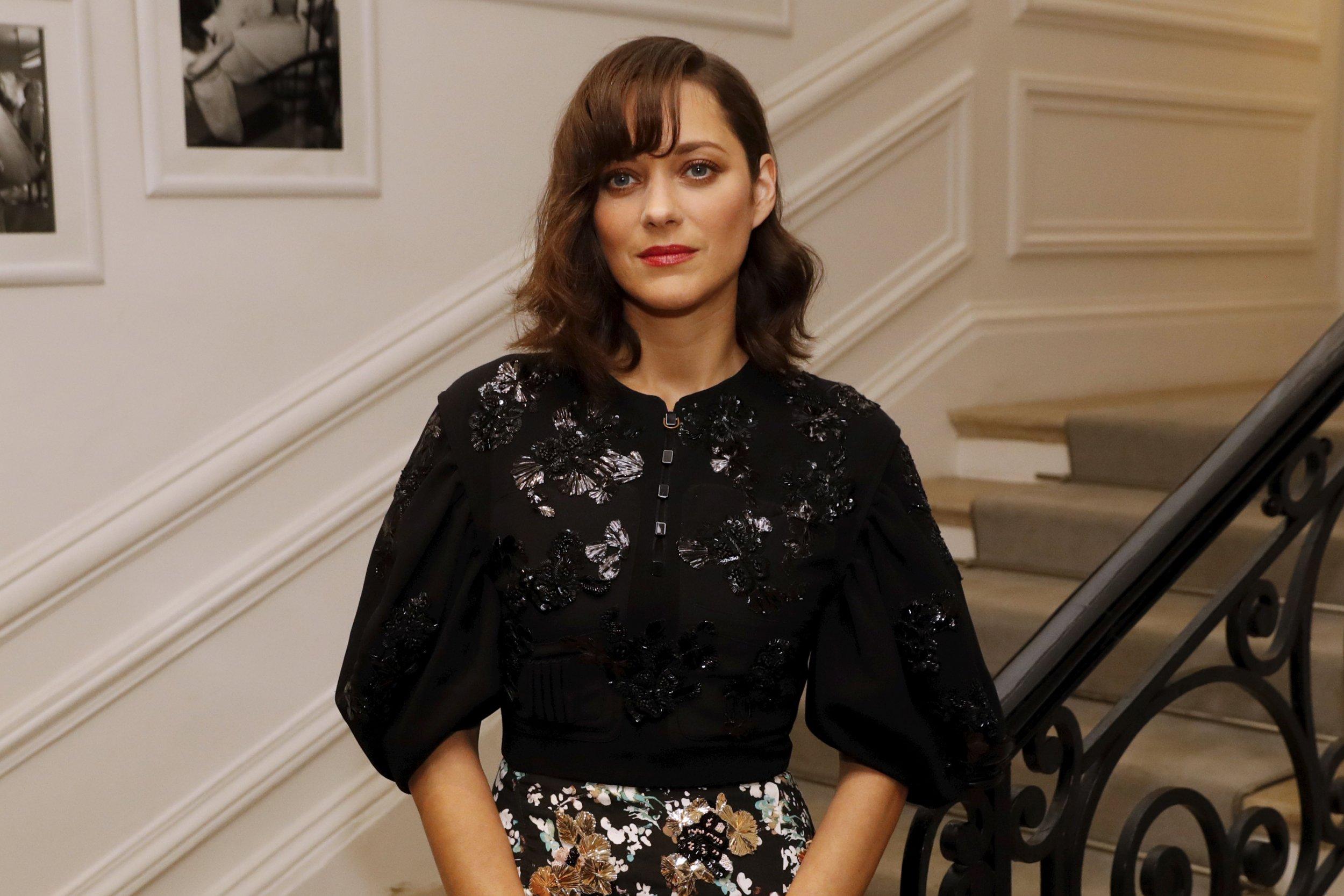 Marion Cotillard in Dior Couture