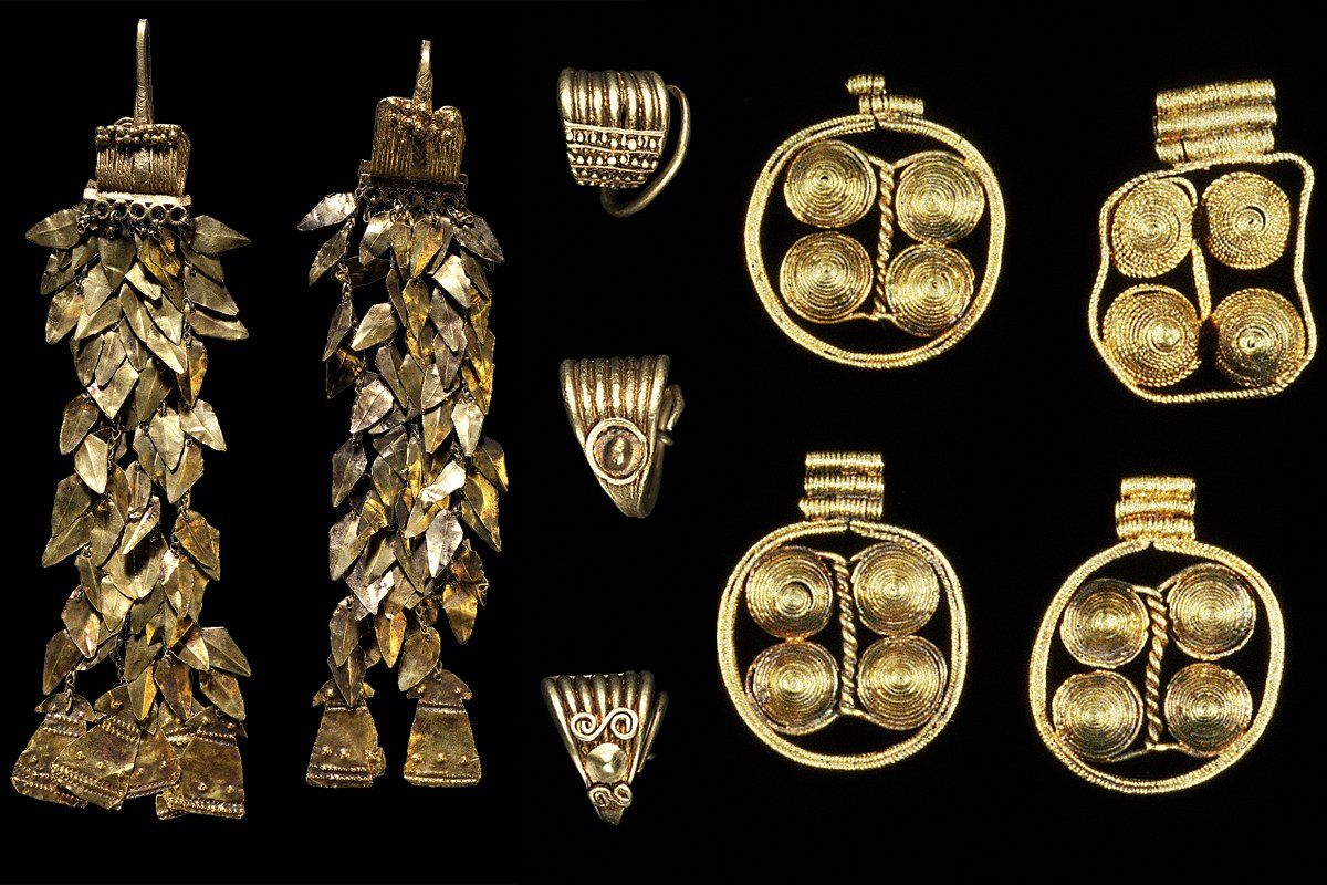Bronze Age earrings